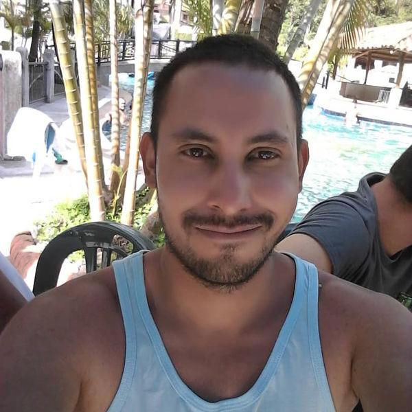 Escritor Independiente-image